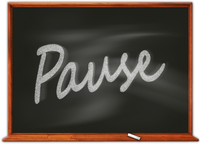 Pause and analyse